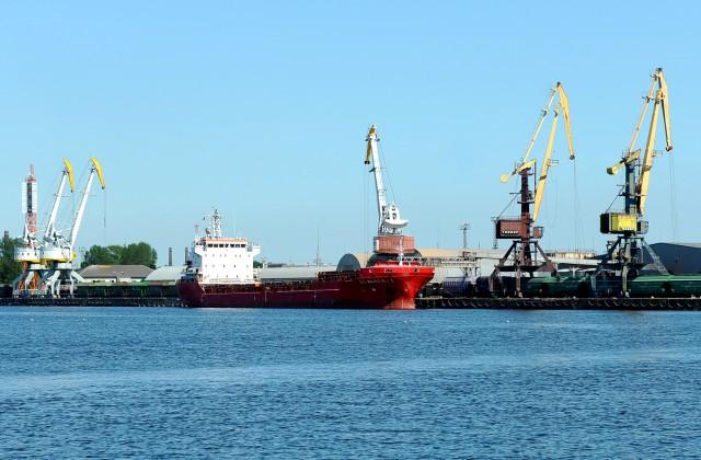 Грузооборот портов стран Прибалтики снизился