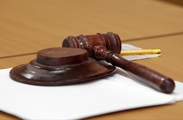 Латвия возобновила суд над проникшими набазу вАдажи россиянами