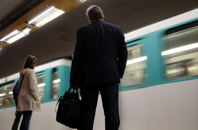 ВоФранции пассажиры поезда приняли православного первосвященника затеррориста
