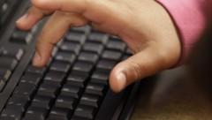 Школьник взломал электронный журнал и исправил свои оценки
