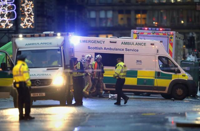 Восемнадцать болельщиков шотландского футбольного клуба «Рейнджерс» пострадали вДТП