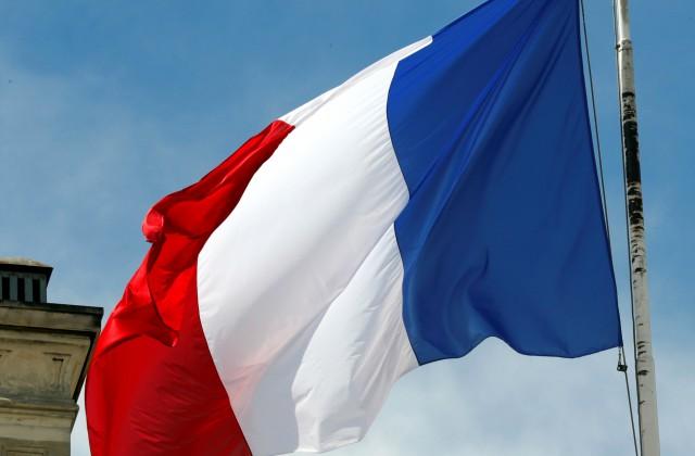 Олланд небудет обмениваться любезностями сПутиным— руководитель МИД Франции