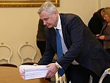 «Согласие» требует отставки Шадурскиса с поста министра образования