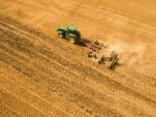 Сельскохозяйственник: бюджет-2017 еще сильнее ударит по карманам