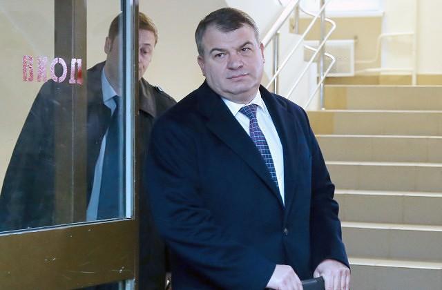 Сбежавшая дочь Сердюкова вернулась домой