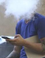 Число курящих школьников уменьшилось почти вдвое