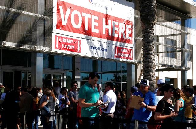 ВСША афишировали первые результаты голосования напрезиденских выборах