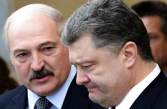 Порошенко извинился заинцидент ссамолетом «Белавиа»