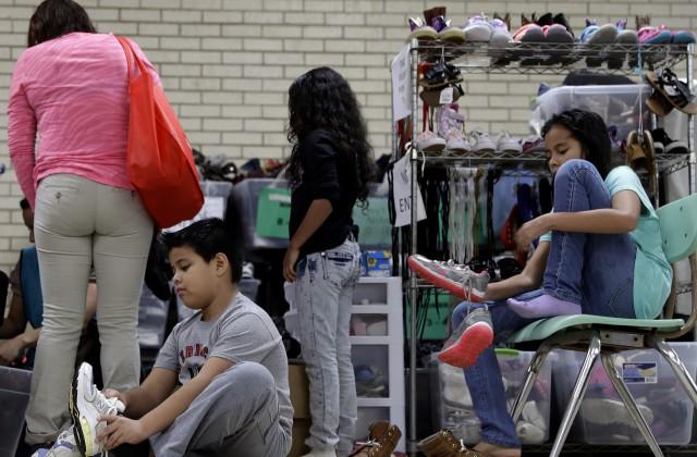 Трамп готов депортировать до3 млн мигрантов вМексику застену