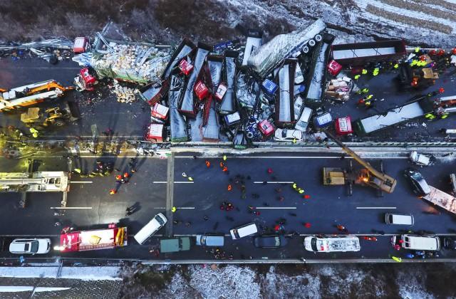 Массовое ДТП в«Поднебесной» забрало жизни 17 человек