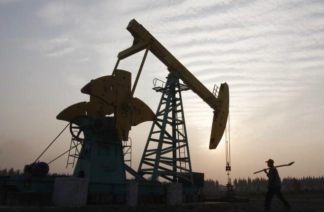 Иран надеется на соглашение ОПЕК о сокращении добычи нефти