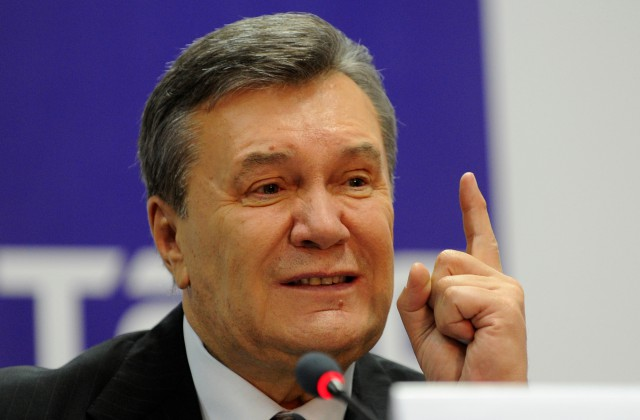 Янукович пояснил стремление Крыма стать частью Российской Федерации