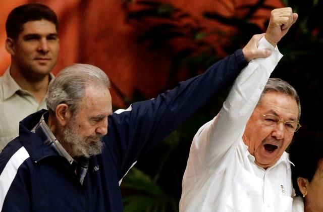 Около млн человек приняли участие вакции памяти Фиделя Кастро