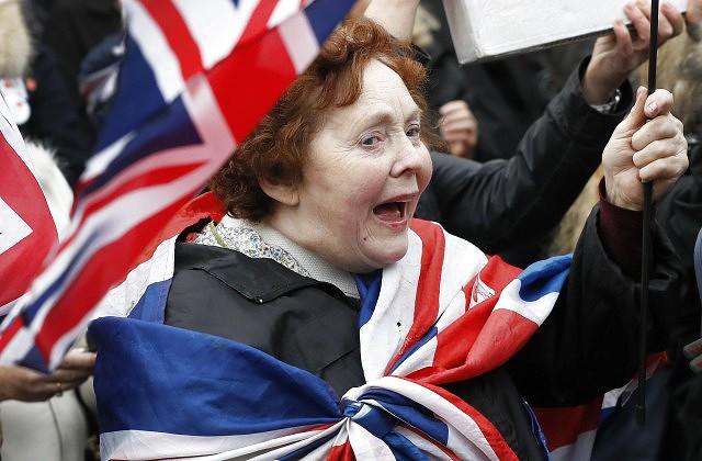 В Англии будут увольнять министров заутечку секретной информации