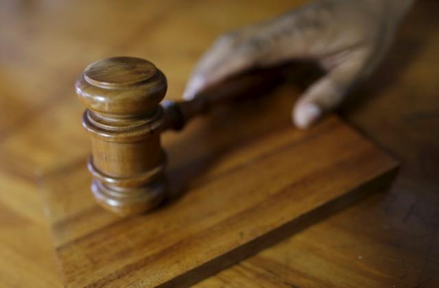 Суд встолице Китая запретил избивавшей своего супруга женщине приближаться кнему