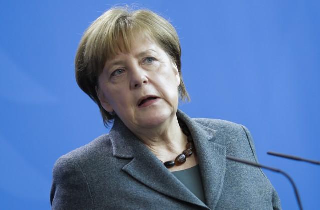Меркель: Германия готова пересмотреть отношения сРоссией иНАТО