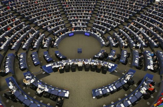 Европарламент собирается наэкстренные дебаты из-за трудной ситуации наДонбассе
