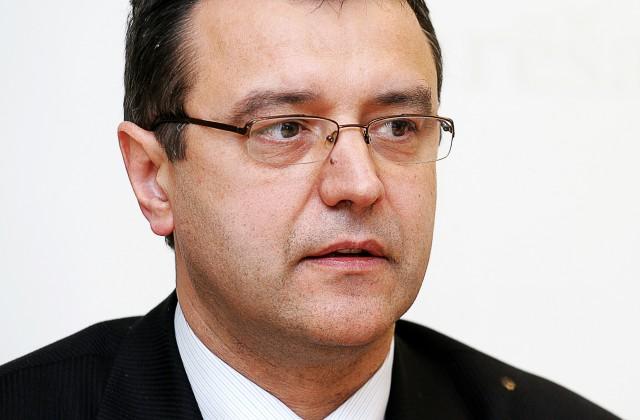Янис Рейрс