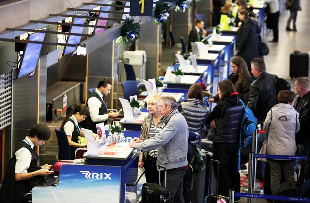 СМИ говорили о  выкатившемся запределы полосы Boeing вРиге