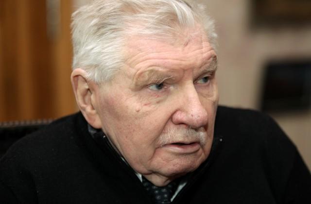 Александр Огурцов