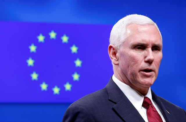 Вице-президент США впроцессе первого визита вБрюссель встретился сглавойЕС
