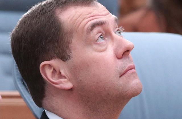 Медведева неуберегли отгриппа— Путин