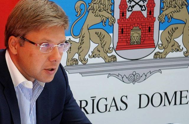 Мэр Риги обжаловал штраф заиспользование иностранных языков вweb-сети интернет