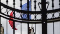 Во Франции из-за угрозы взрыва эвакуировали избирательные участки