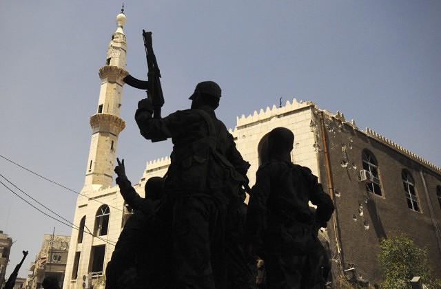 Врайоне интернационального аэропорта Дамаска зафиксированы сильные взрывы ипризнаки пожара