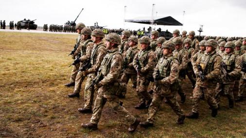 Скоро в Латвию доставят много боевой техники НАТО и прибудут первые солдаты