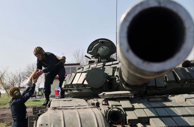 Боевики держат танки и«Грады» нааэродроме Луганска— ОБСЕ
