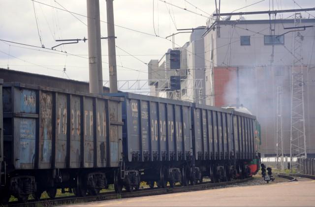 «Российские железные дороги» отказываются возить грузы вЛатвию