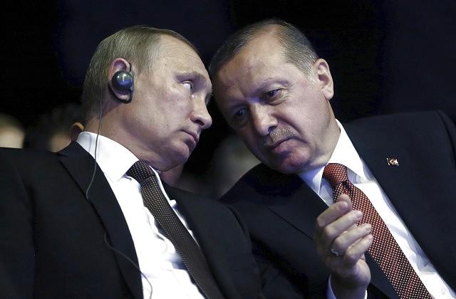 Меркель сообщит Эрдогану опланах бундестага посещать «Инджирлик»