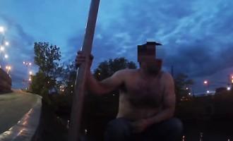 Пару, которая была в розыске, поймали во время купания в Рижском канале