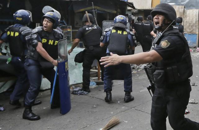 Вотеле наФилиппинах открыли стрельбу: десятки раненых
