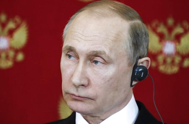Путин назвал «страховочной сеткой» торговые связи РФ иСША