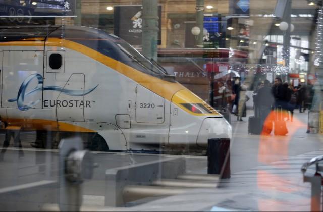 ВоФранции проводник поезда принял артиста затеррориста ивызвал полицию
