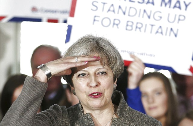 Лейбористы готовы снять Мэй споста премьера Англии