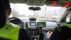 На Лиго полиция задержала 14 пьяных водителей; проверки на дорогах продолжаются