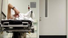 В Латгалии пациентов больницы отправляют домой прямо среди ночи?