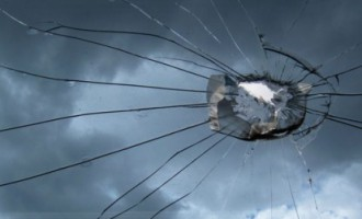Ночь на понедельник в Иманте: Кто-то стреляет по окнам из пистолета?