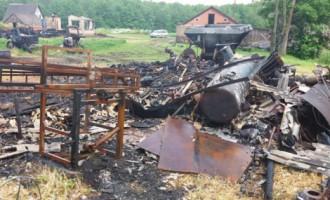 Двойная трагедия в Латгале: сгорели семь построек, пропавший хозяин не найден