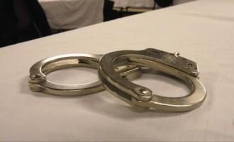 В Риге за кражу задержали пьяную беременную с исколотыми венами
