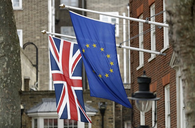 Guardian: вред европейского союза отBrexit оценили в20млрдевро