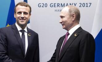 Путин Макрону: «Эммануэль, привет!». Обнародовано видео телефонных переговоров президентов