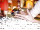 Правительство поддержало более быстрое повышение акциза на алкоголь и сигареты