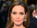 Невероятное сходство: найден двойник Анджелины Джоли