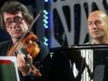 Башмет и Крутой почтили память Жанны Фриске на «Новой волне»