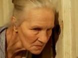 Известную 85-летнюю актрису избивает внук