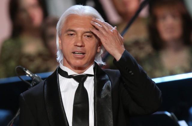 Дебют Хворостовского в огромном театре отменили из-за болезни артиста